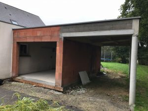 Extension de garage avec carport en brique à Bruz-(35170)