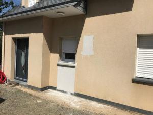 Extension de maison entrée pendant les travaux (35250)