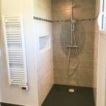 Salle de douche au sein d'une extension