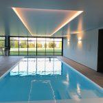 Extension piscine intérieure à Plescop
